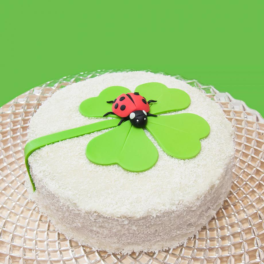 Glücksbringer-Torte mit Vanille und Kokos