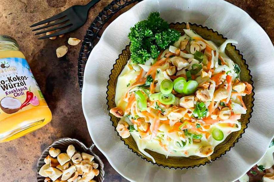 Coleslaw mit Mango-Chili-Dressing
