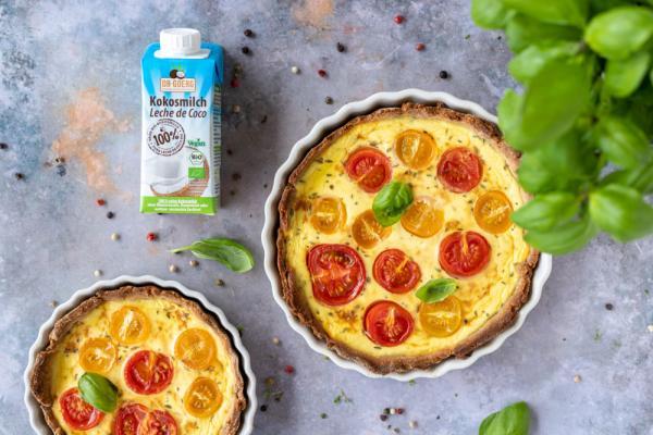 Sommerliche Lowcarb-Quiche mit Tomaten & Basilikum