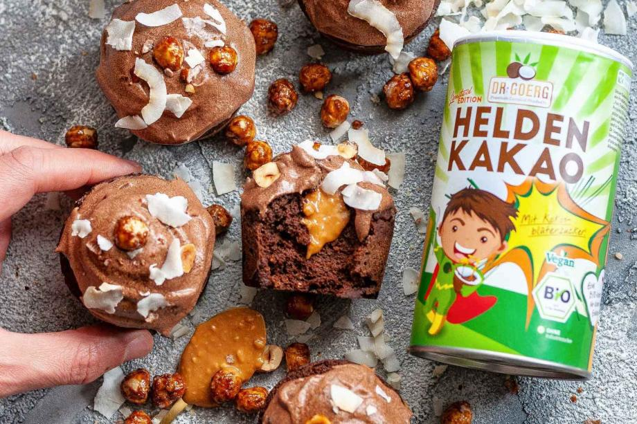 Choco-Peanut-Cupcakes mit flüssigem Kern