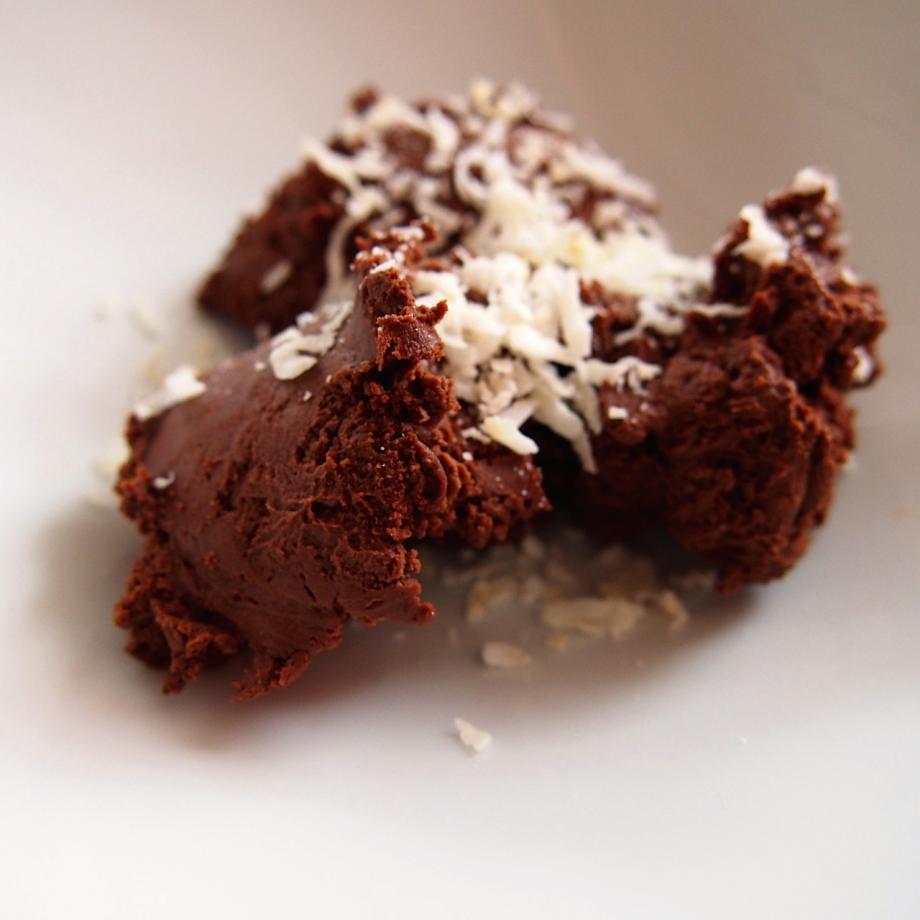 Mousse au chocolat mit Kokosmilch