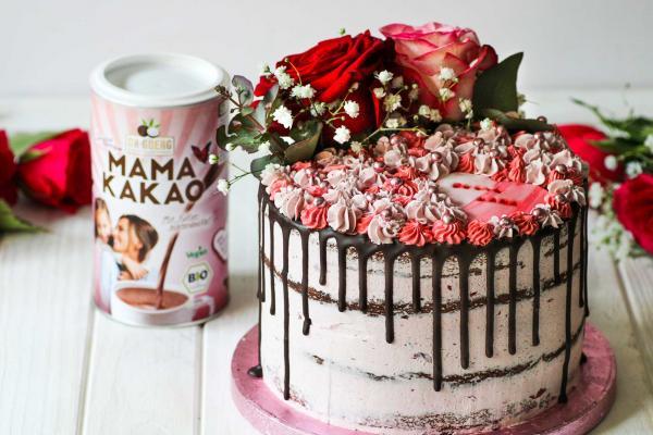 Vegane Muttertags-Torte mit Heidelbeer-Kokos-Mandelmus-Creme