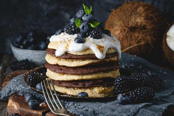 Bananen-Kokos-Pancakes