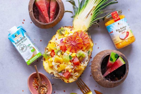 Tropical Ananas-Nudelsalat