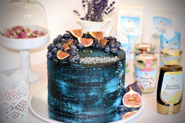 Galaxy-Torte mit Kokosbuttercreme