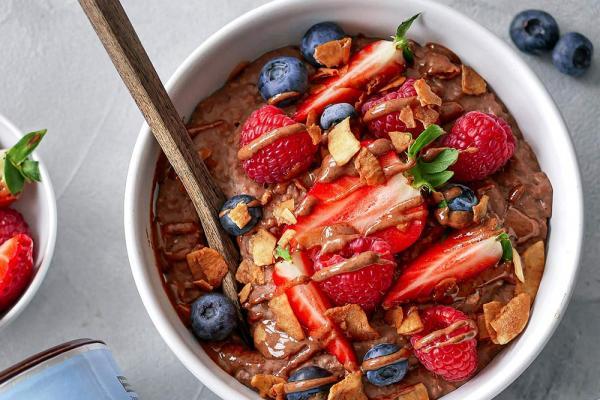 Schoko-Porridge mit Protein