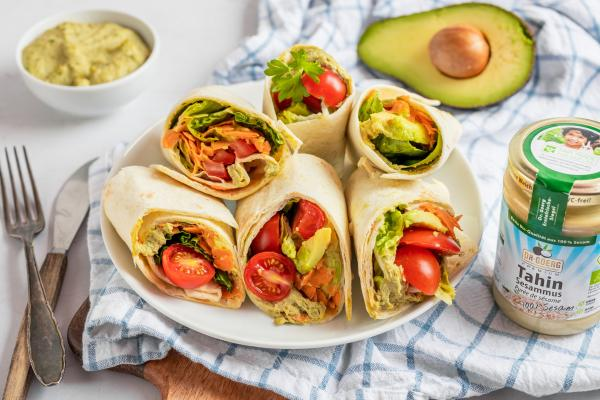 Vegane Edamame-Hummus-Wraps
