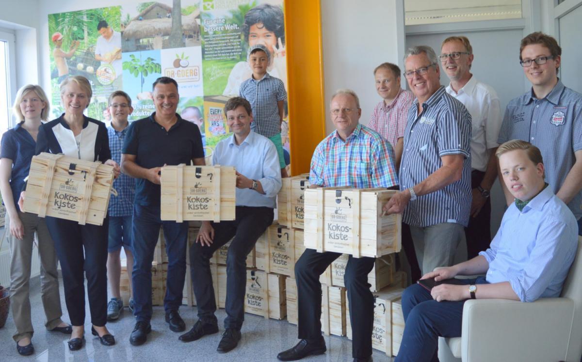 Fokus Gesundheit: CDU-Delegation entdeckt die Kokosnuss bei Dr. Goerg