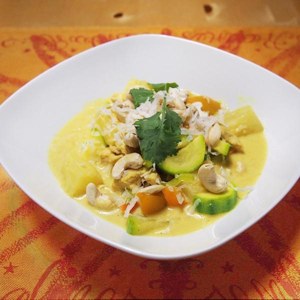 Asiatisches Kokos-Curry-Huhn