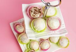 Cake pops de coco