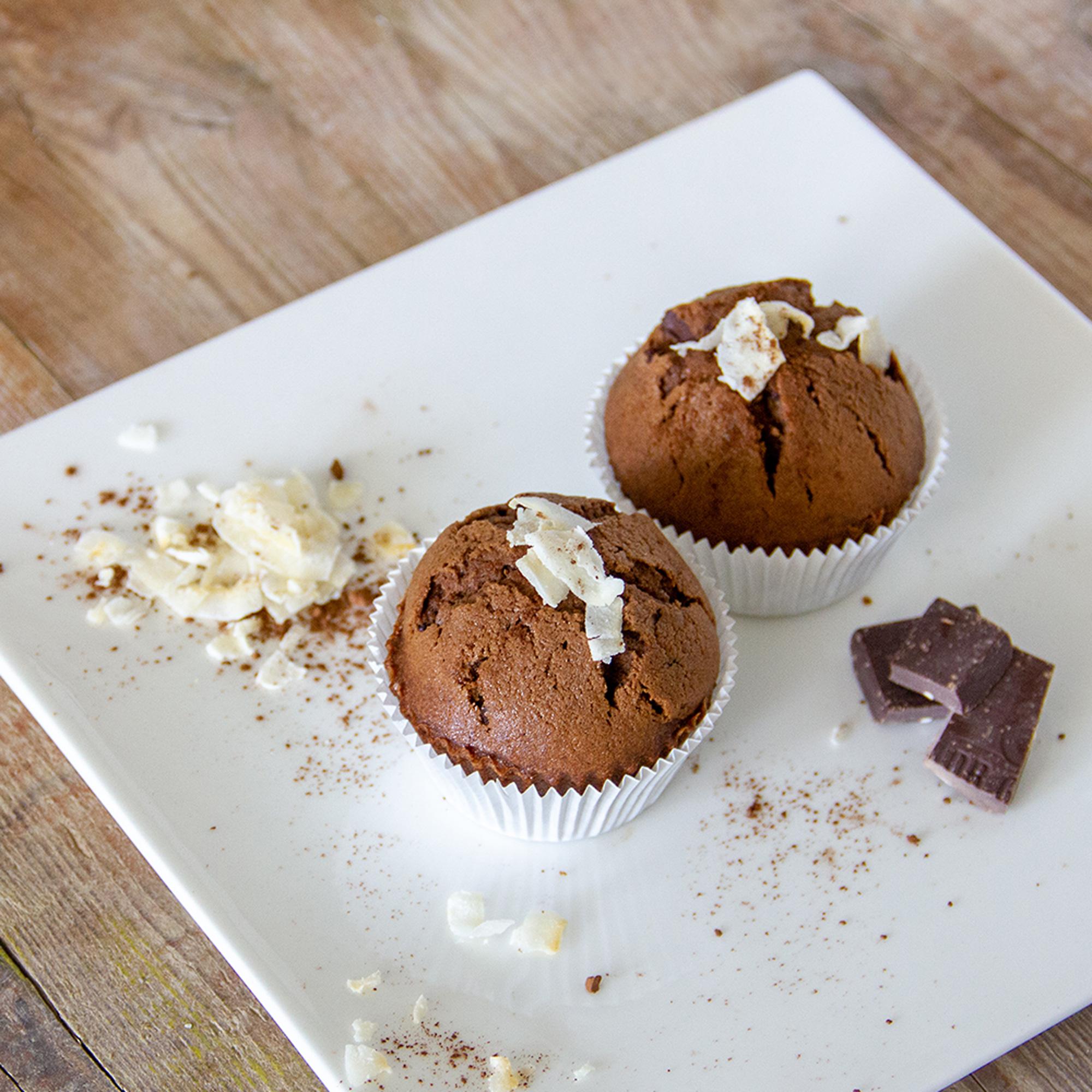 Magdalenas de chocolate con azúcar de coco