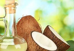 Reines Bio Kokosöl hilft gegen Kriebelmücken/Sommerekzem