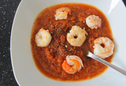 Gazpacho mit Garnelen