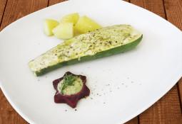 Gefüllte Zucchini mit Moringa