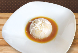 Weihnachtliche Panna Cotta mit Mandarinen-Sauce