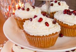 Samtige Ingwer-Cupcakes mit Kokos