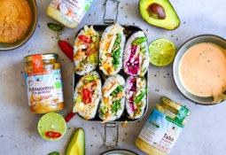 Vegane Sushi Burritos mit drei leckeren Saucen